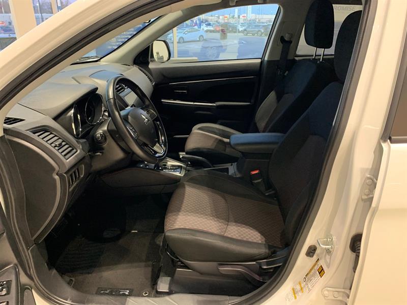 Mitsubishi RVR 10