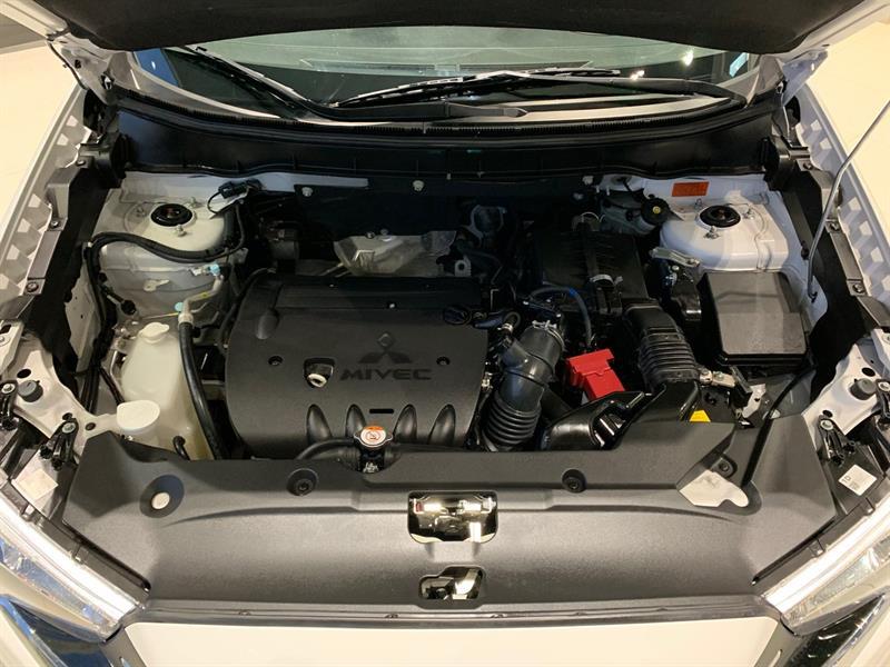 Mitsubishi RVR 26