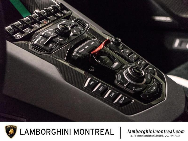 Lamborghini Aventador 22