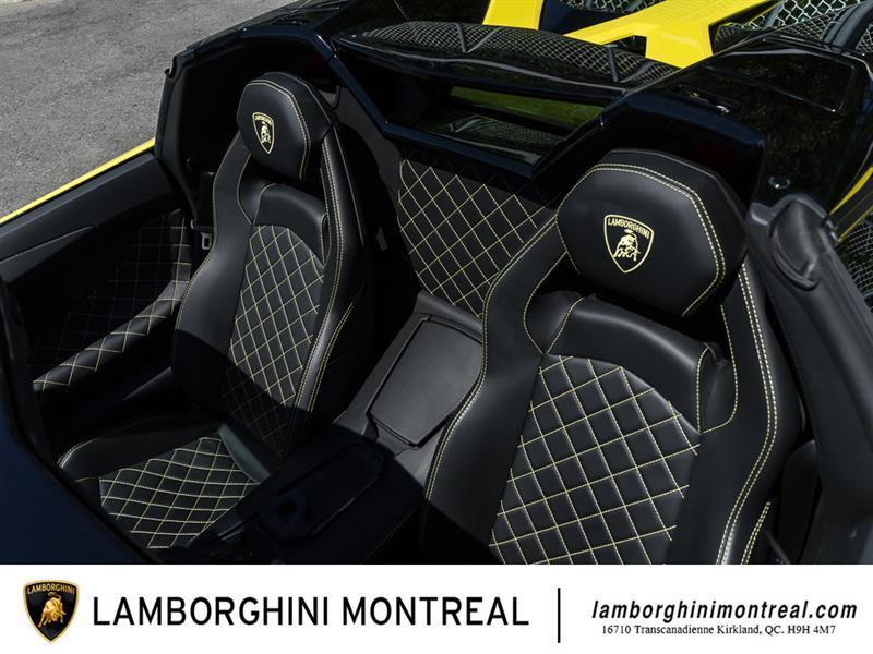 Lamborghini Aventador 27