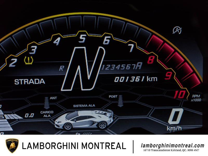 Lamborghini Aventador 19