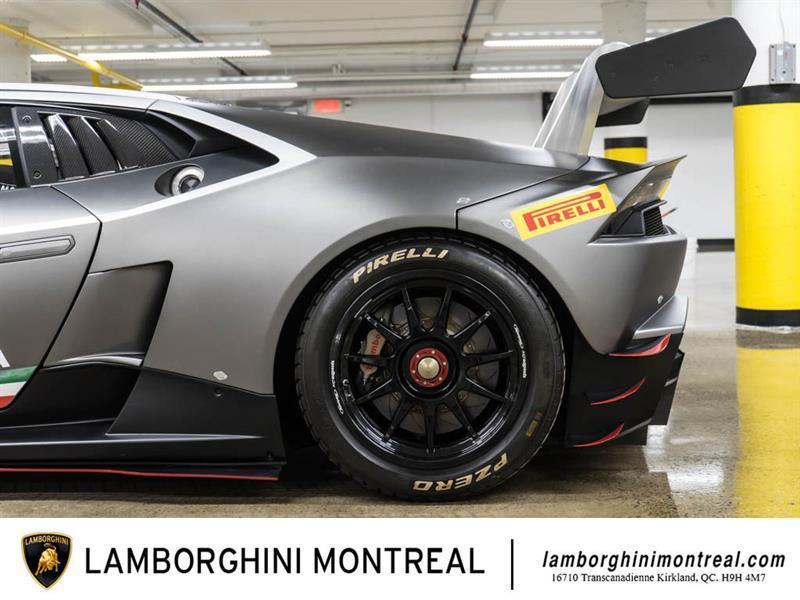 Lamborghini Huracan 8