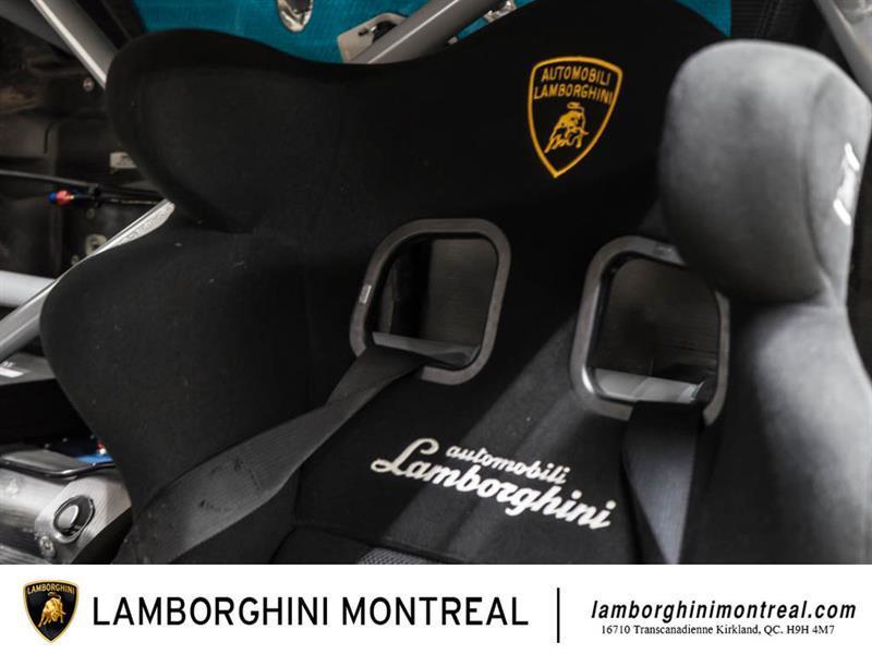 Lamborghini Huracan 12