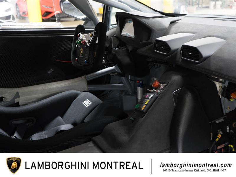 Lamborghini Huracan 16
