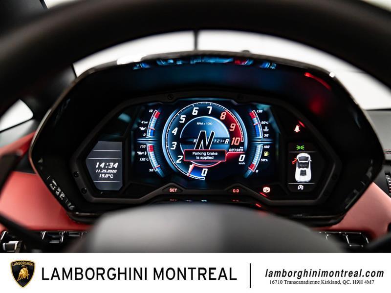 Lamborghini Aventador 26