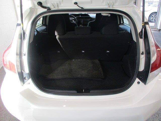 toyota Prius c 2015 - 5