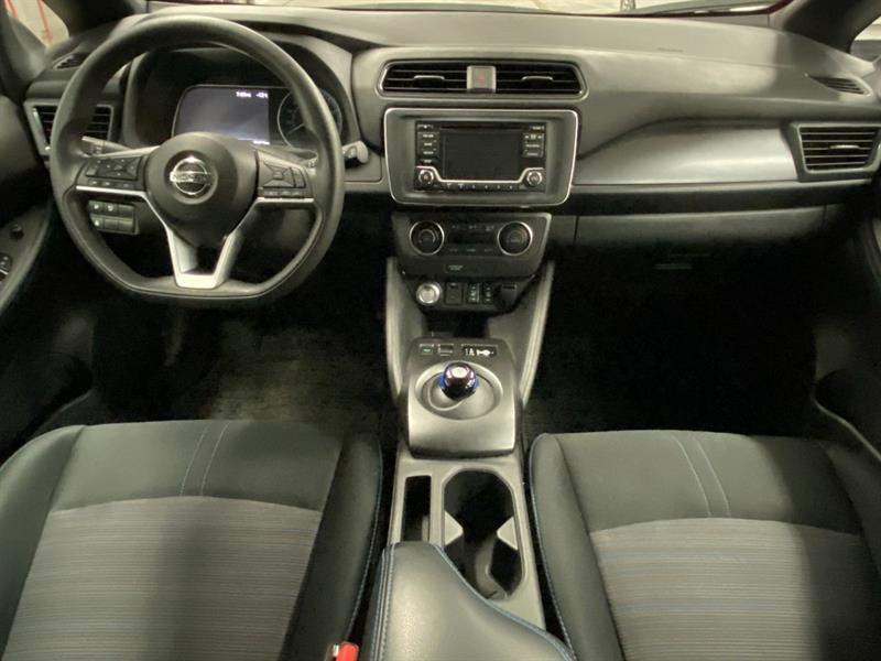 Nissan LEAF 33