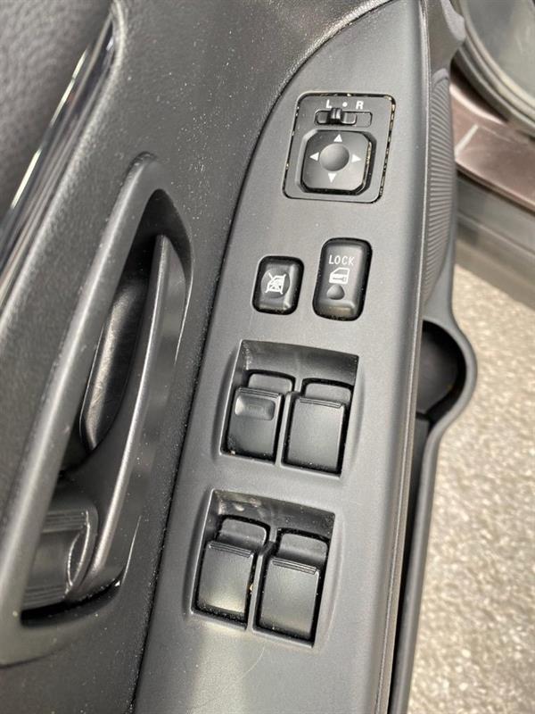 Mitsubishi RVR 24