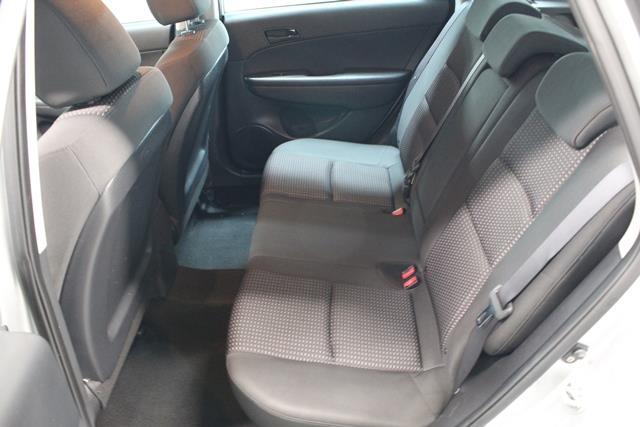 Hyundai Elantra 20