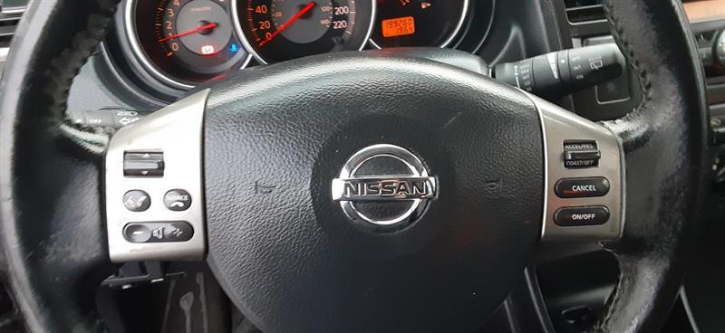 Nissan Versa 13