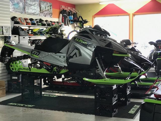 Arctic Cat M 8000 MOUNTAIN CAT ALPHA ONE 154 2020