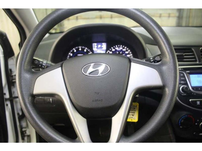 Hyundai Accent 21