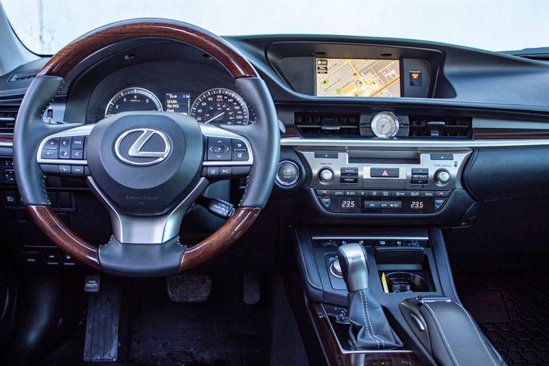 Lexus ES 350 7
