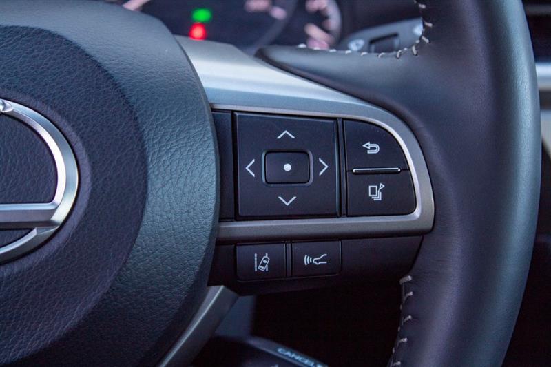 Lexus ES 350 11