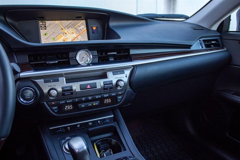Lexus ES 350 12