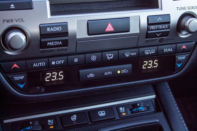 Lexus ES 350 16