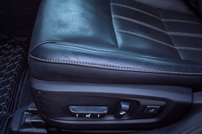 Lexus ES 350 23