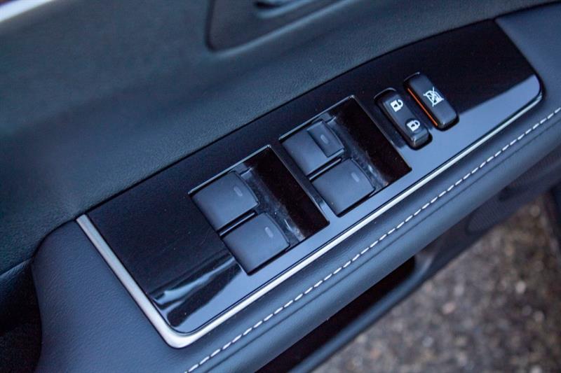 Lexus ES 350 25