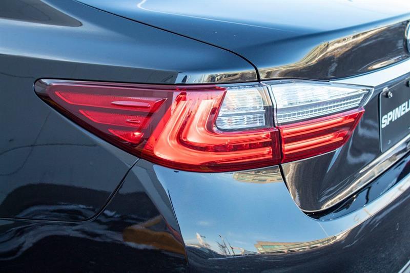 Lexus ES 350 28