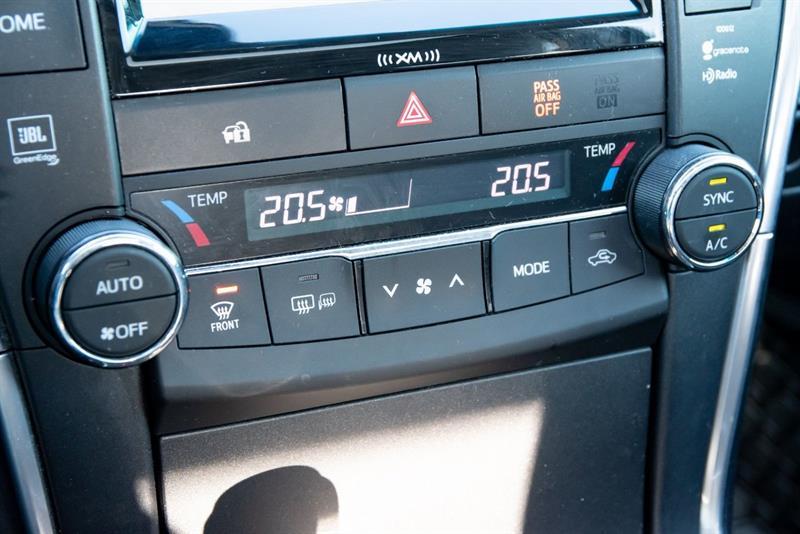 toyota Camry Hybrid 2016 - 33