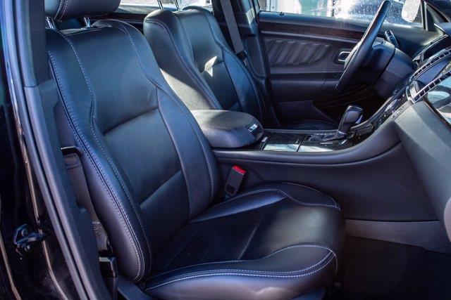 Ford Taurus 13