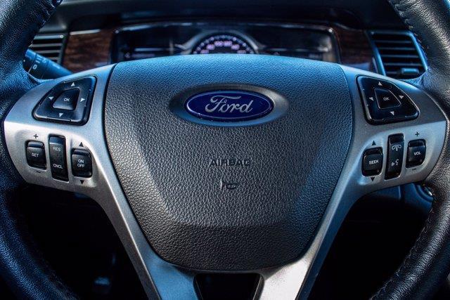 Ford Taurus 16