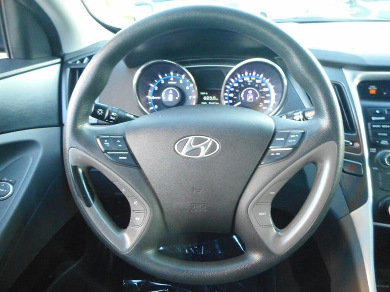 Hyundai Sonata 17