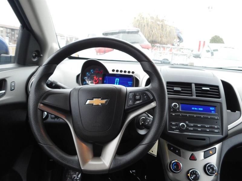 Chevrolet Sonic 15
