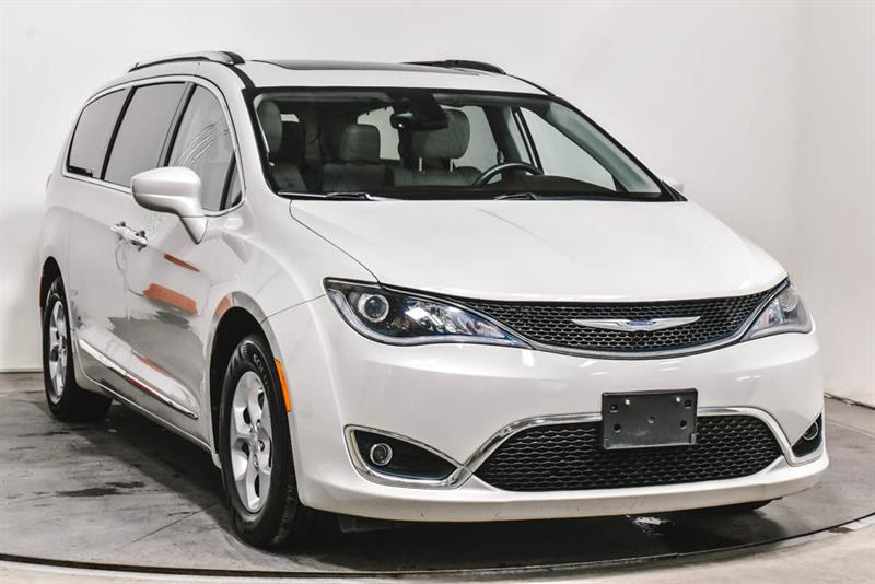 Chrysler Pacifica TOURING L STOW N GO CUIR TOIT  2017
