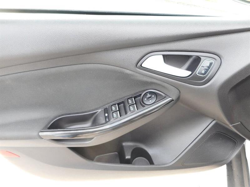 Ford Focus 18