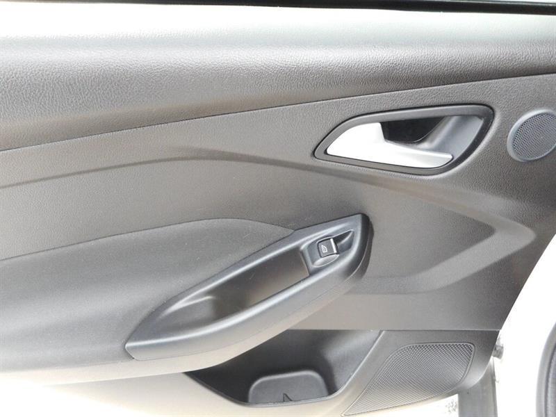 Ford Focus 26