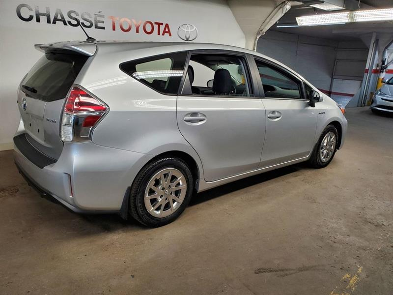 toyota Prius v 2018 - 3