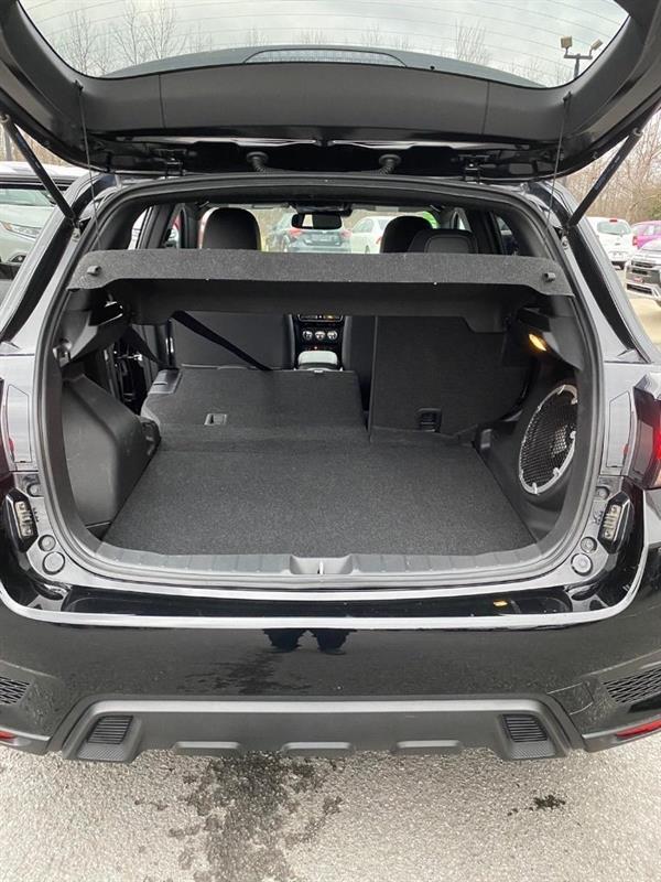 Mitsubishi RVR 7