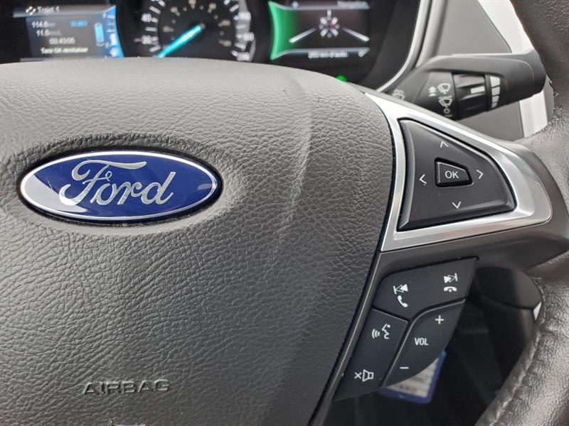 Ford Fusion 27