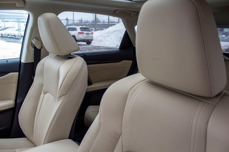 Lexus RX 350 23