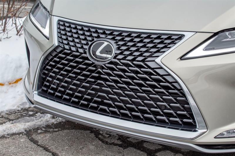 Lexus RX 350 32