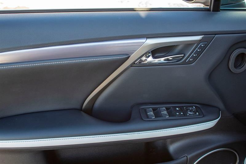 Lexus RX 350 22