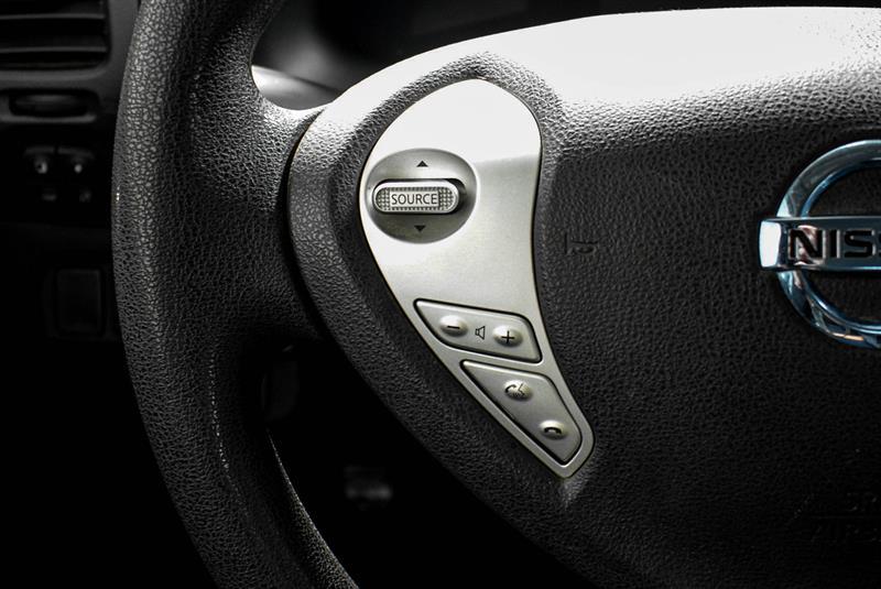 Nissan LEAF 21