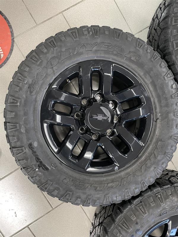 Chevrolet Silverado 2500 2