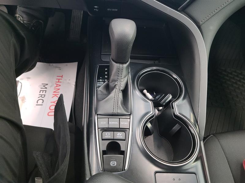 toyota Camry Hybrid 2019 - 16