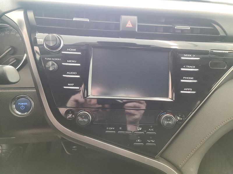 toyota Camry Hybrid 2019 - 17