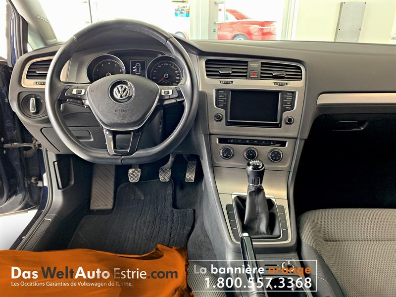 Volkswagen Golf 5-Door 11