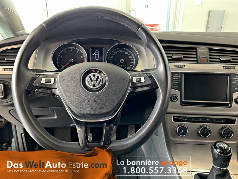 Volkswagen Golf 5-Door 12
