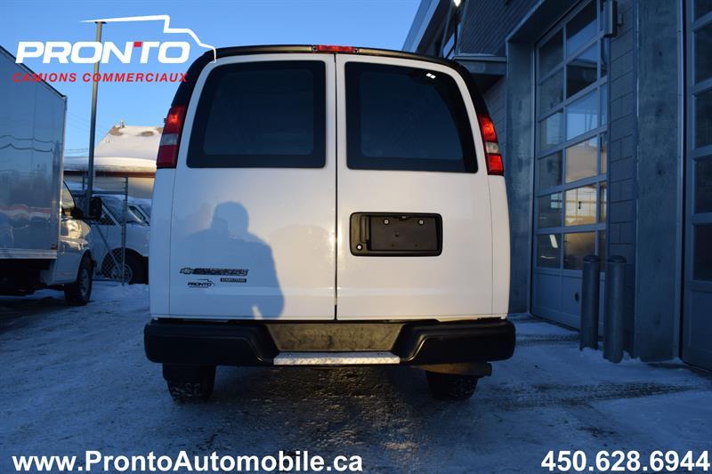 Chevrolet Express Cargo Van 7