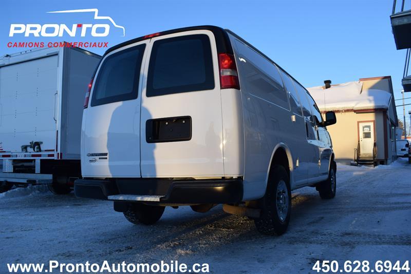 Chevrolet Express Cargo Van 11