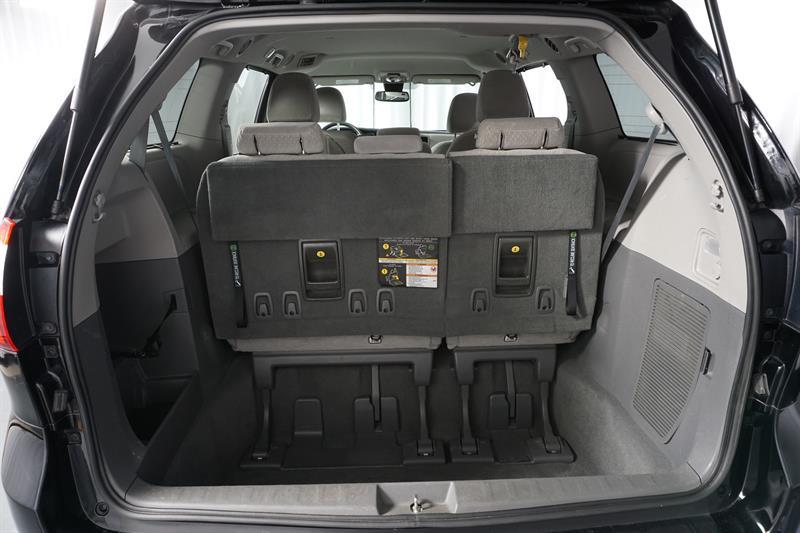 Toyota Sienna 28