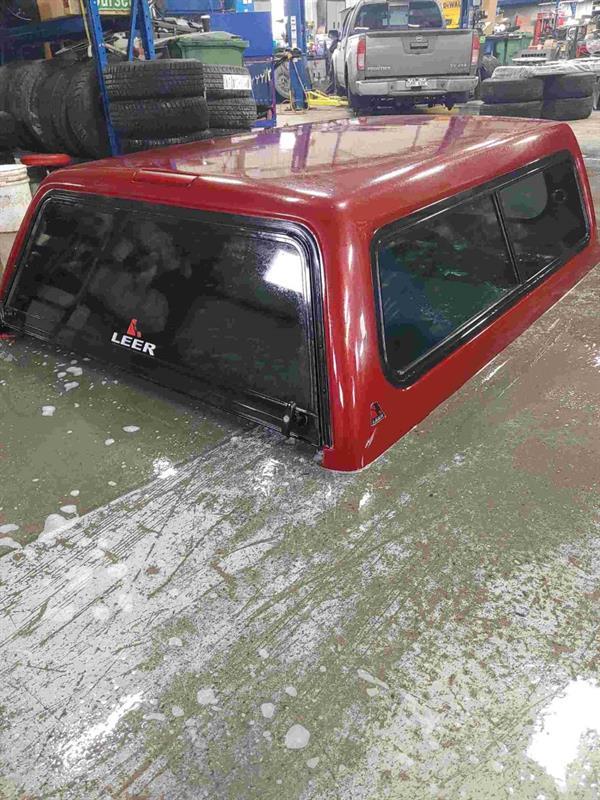 Nissan Camionnette 4