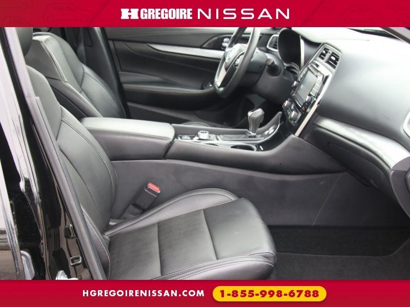 Nissan 810 33