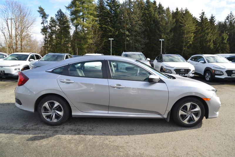 Honda Civic Sedan 8