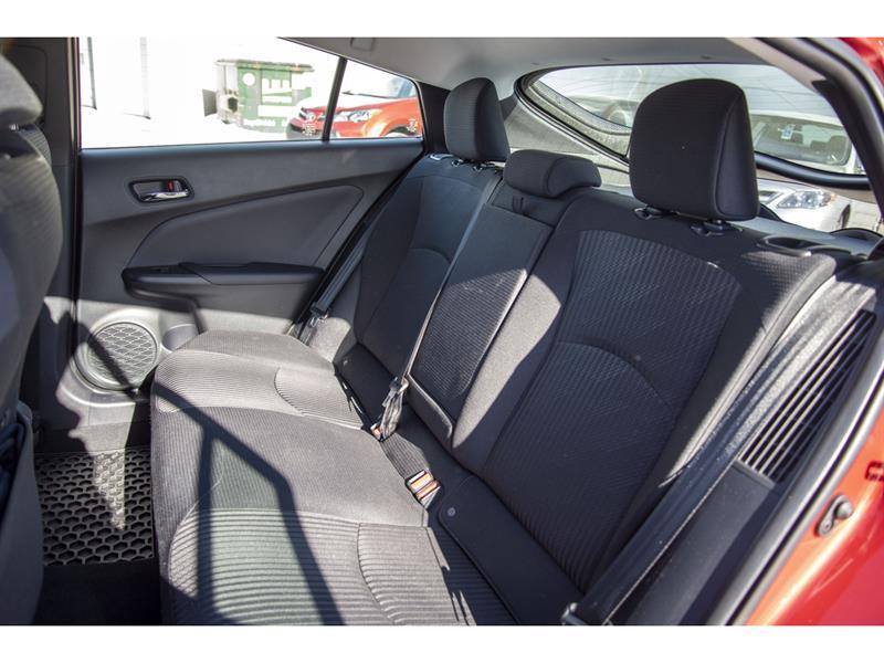 toyota Prius Prime 2021 - 29